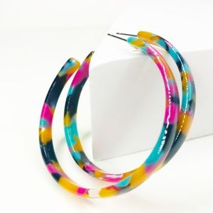CLOSET REHAB Jewelry - Acrylic Hoop Earrings in Pink, Blue and Yellow